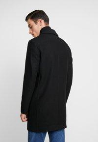Jack & Jones - JORBLINDERS COAT - Korte frakker - black - 2