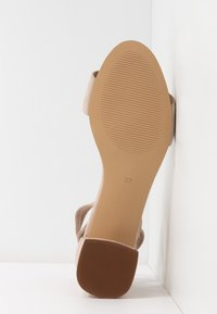 mint&berry wide fit - Sandaler - nude - 6