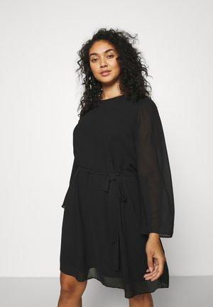 SLEEVE BELTED DRESS - Vapaa-ajan mekko - black