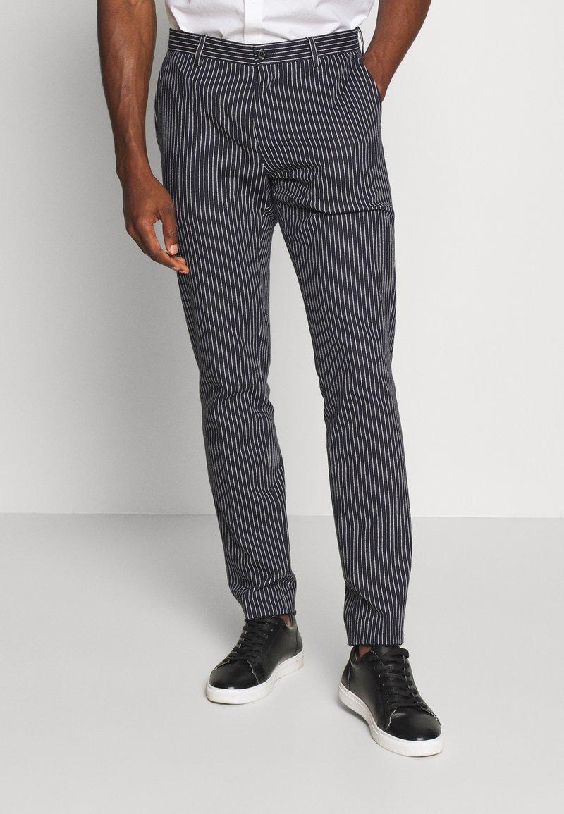Tommy Hilfiger Tailored - FLEX STRIPE SLIM FIT PANT - Pantalon classique - blue