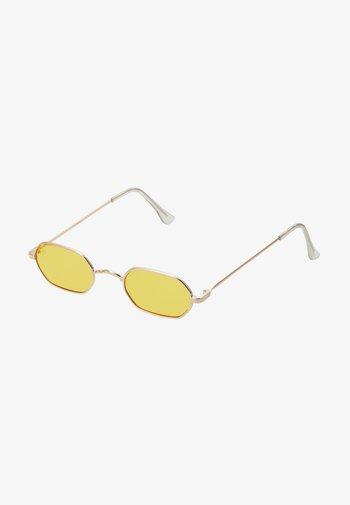 Sunglasses - gold/yellow lens