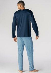 mey - LANGER SCHLAFANZUG - Pyjama set - yacht blue - 1