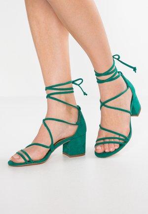 Sandalias - green