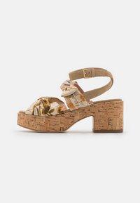 Alberta Ferretti - Platform sandals - beige - 1