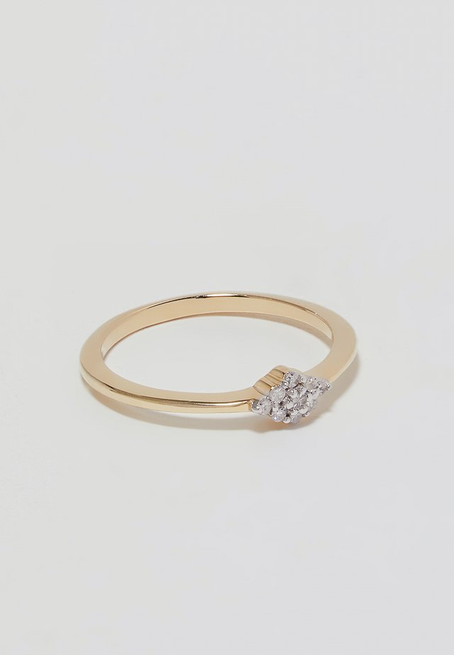Engagement Ring - Ring - gold-coloured