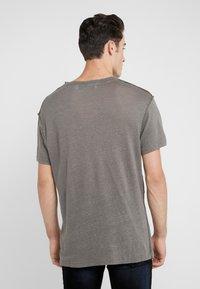 Iro - JURUS - Basic T-shirt - dark grey - 2