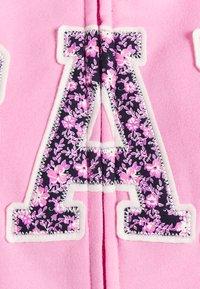GAP - FASH NOVELTY - Zip-up sweatshirt - pink flamingo - 2