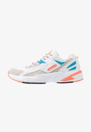 BOIZ - Obuwie do biegania treningowe - white/orange
