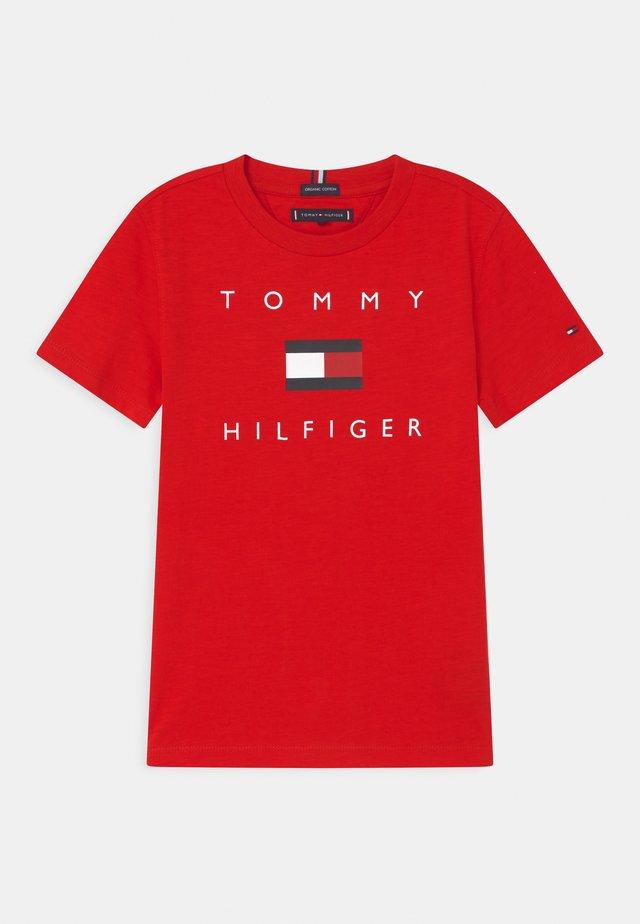 LOGO - T-shirts print - deep crimson