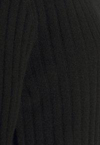 pure cashmere - TURTLENECK DRESS - Jumper dress - black - 2