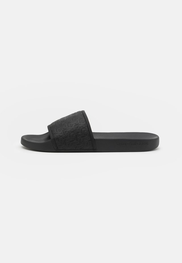 SLIDE EMBOSSED  - Muiltjes - black