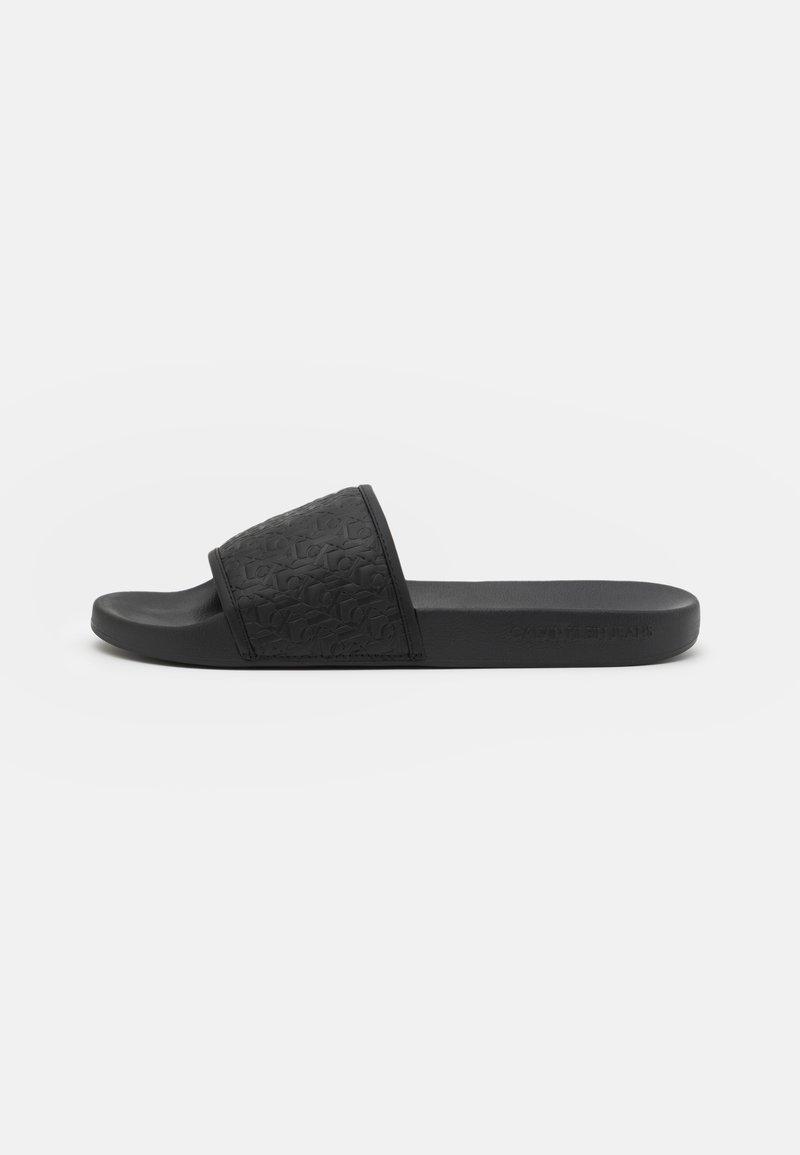 Calvin Klein Jeans - SLIDE EMBOSSED  - Pantofle - black