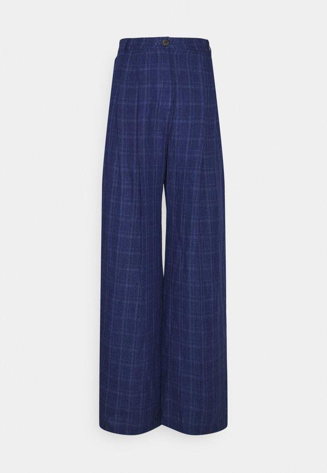 SIRID TROUSERS - Spodnie materiałowe - blue