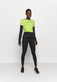 Under Armour - TECH TWIST - Basic T-shirt - lime fizz - 1