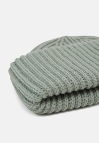 Weekday - CANDICE BEANIE - Mütze - light green - 2