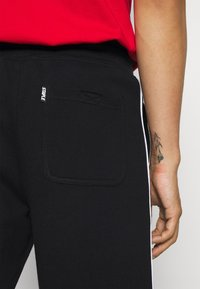 STAPLE PIGEON - PIPED UNISEX - Shorts - black - 4