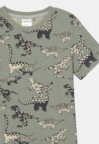 Lindex - MINI DINO 2 PACK - Pyjamas - khaki - 5