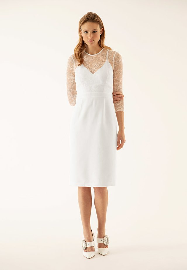 Cocktail dress / Party dress - white