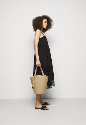 Handbag - seed brown