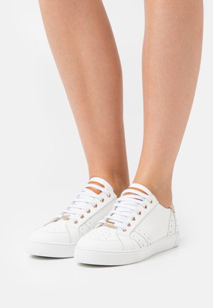 SUZIE - Zapatillas - blanc