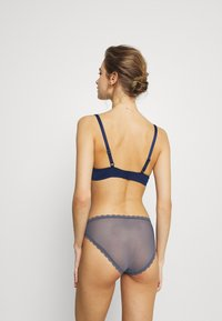 LASCANA - PADDED BRA - Underwired bra - dark blue - 2