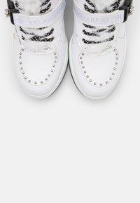 Liu Jo Jeans - KARLIE REVOLUTION - Boots à talons - white - 5