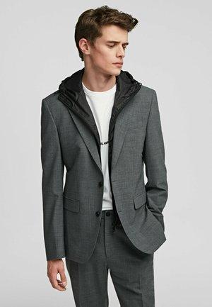 Lengva striukė - mid grey