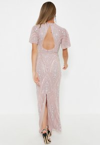 BEAUUT - GRACY EMBELLISHED SEQUINS  - Cocktailklänning - frosted pink - 1