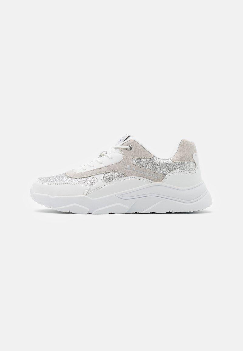 Champion - LOW CUT SHOE - Sports shoes - white