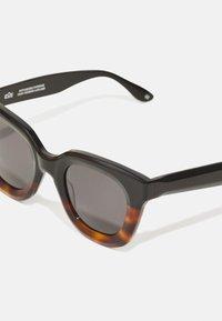 EOE Eyewear - IDS - Occhiali da sole - northern black light bark/northern black - 3