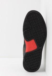 Globe - TILT EVO - Sneakersy niskie - triple black - 4