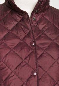 Selected Femme - SLFPLASTICCHANGE QUILTED JACKET - Light jacket - port royale - 7