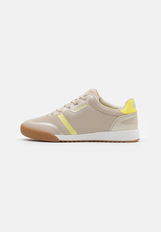 ZINGER  - Trainers - natural/yellow