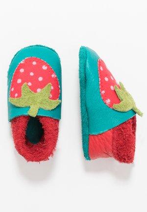 First shoes - berry/waikiki