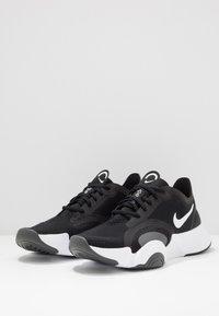 Nike Performance - SUPERREP GO - Obuwie treningowe - white/black/dark smoke grey - 2