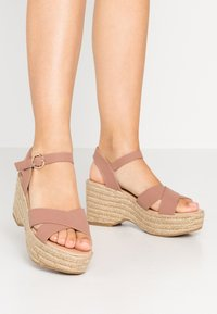 Dorothy Perkins - RUMBA MID HEIGHT EASY FLATFORM  - High heeled sandals - pink - 0