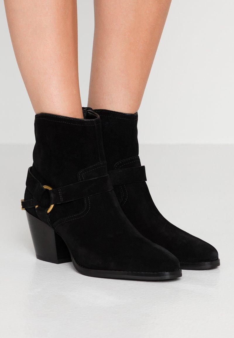 MICHAEL Michael Kors - GOLDIE BOOTIE - Cowboy/biker ankle boot - black