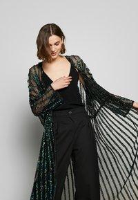 MANÉ - CETO DRAWSTRING - Summer jacket - washed black/emerald - 5