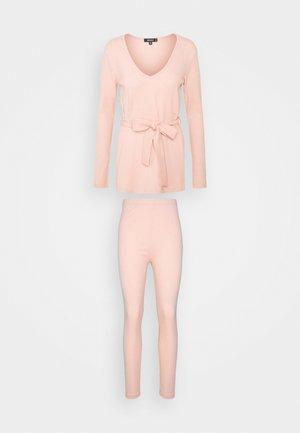 TIE WAIST SET - Legíny - nude pink