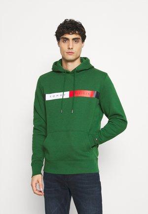 LOGO HOODY - Bluza z kapturem - green
