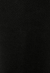 FALKE - SENSITIVE LONDON KOMFORTBUND SOCKEN BAUMWOLLE-MIX - Strumpor - schwarz - 1