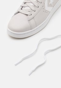 Converse - PRO - High-top trainers - pale putty/white - 5