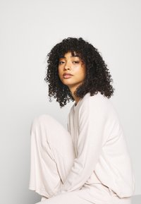 Anna Field - SET - Pyjamas - offwhite - 4