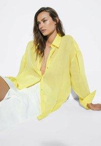 Massimo Dutti - Button-down blouse - yellow - 2