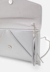 Anna Field - Clutch - silver-coloured - 2