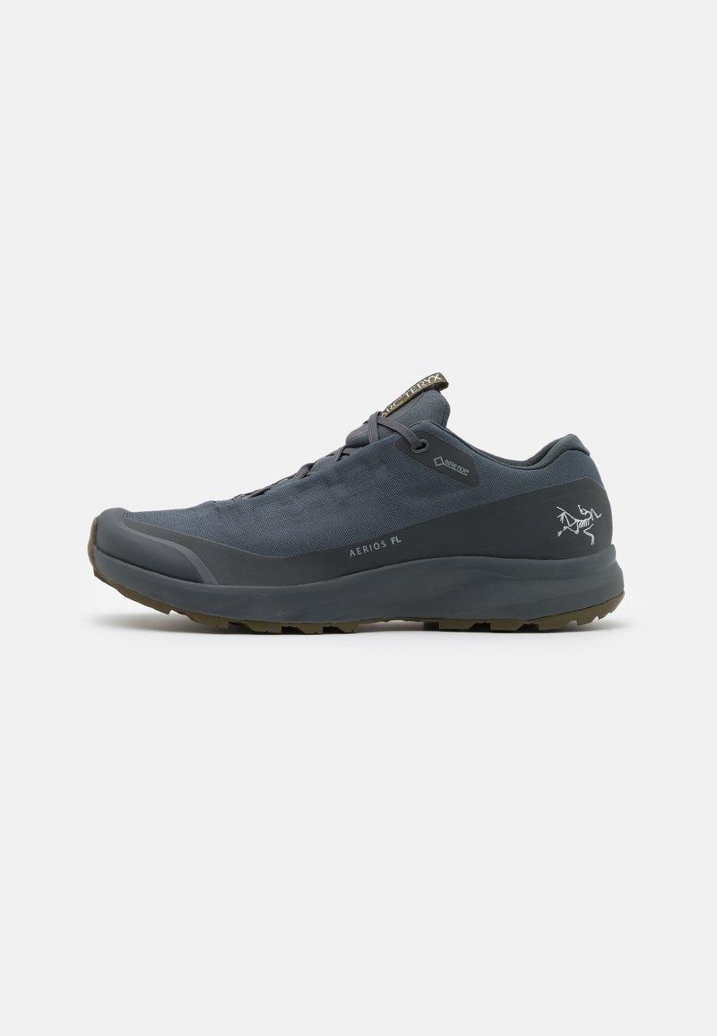 Arc'teryx - AERIOS FL GTX M - Hiking shoes - cinder/bushwack