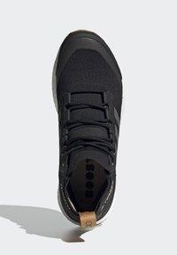 adidas Performance - TERREX FREE HIKER PRIMEBLUE WANDERSCHUH - Outdoorschoenen - black - 4