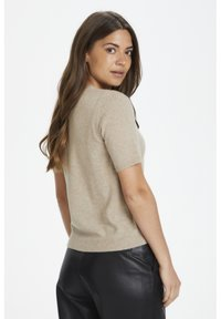 Part Two - EVERLOTTEPW  - Basic T-shirt - light camel melange - 3