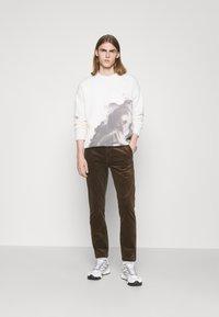NN07 - KARL - Trousers - clay - 1