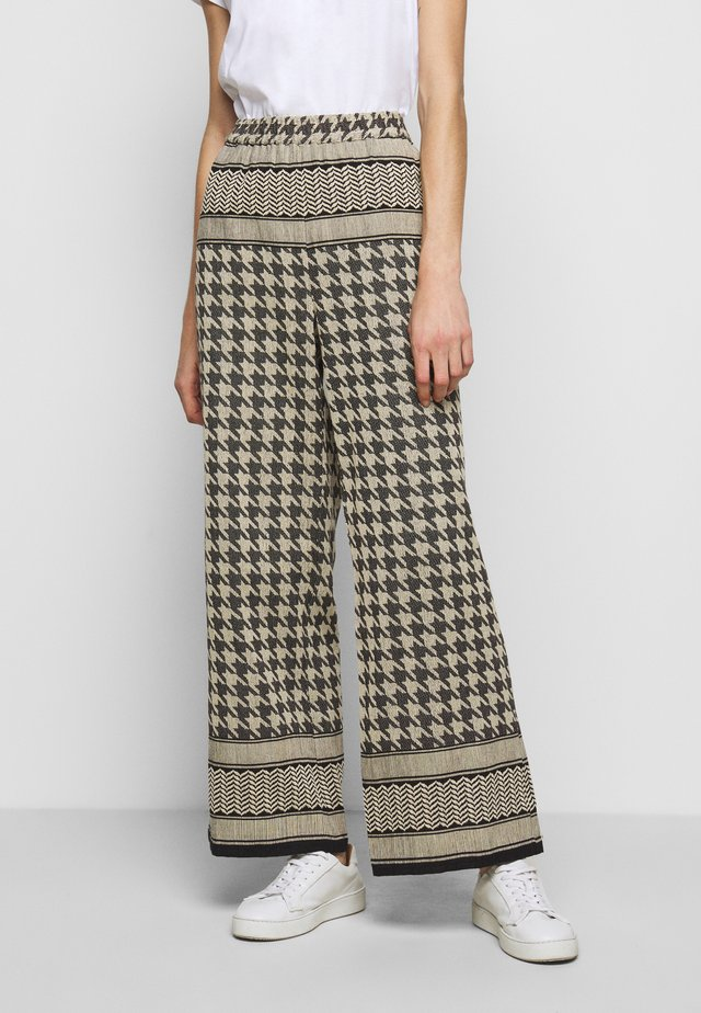 RIKKE PANTS - Pantalones - black/cream